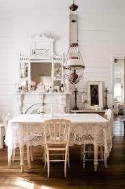 stół w stylu wiejskim