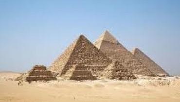 Piramidy - największy cud starożytnego świata.