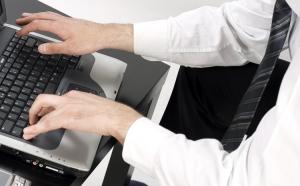 Wady i zalety korzystania z komputera