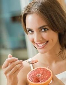 Lubisz cytrusy? Przejdź na dietę grejpfrutową!