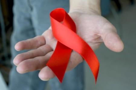 HIV i AIDS – co powinieneś o nich wiedzieć?