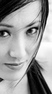 jak zapobiegać zmarszczkom wokół oczu